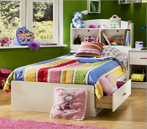 kids-bed-with-under-storage