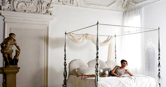 5 Romantic Bedroom Decorating Styles and Tips