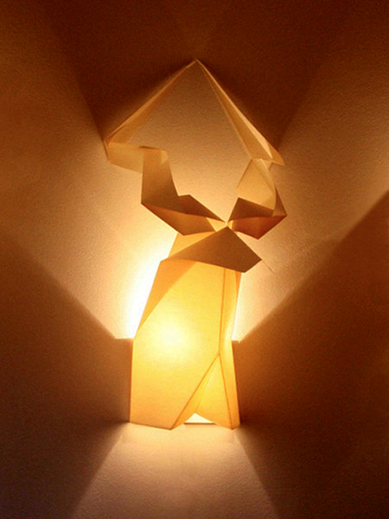 creative-wall-lamp-made-from-origami